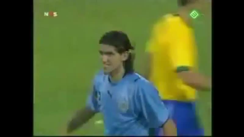 Hoy recordamos el día que El Loco la picó en las semifinales de la Copa América 2007 contra Brasil.